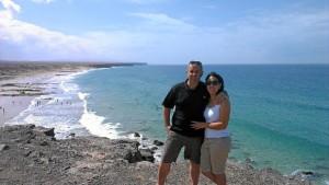 Con Mónica, su pareja, en un viaje a Canarias.