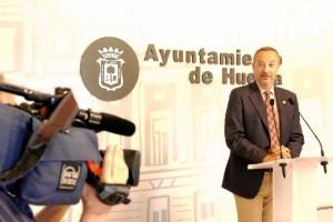 Un momento de la rueda de prensa celebrada en el Ayuntamiento de Huelva.