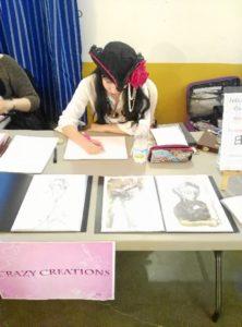 Leticia Morgado es licenciada en Bellas Artes.