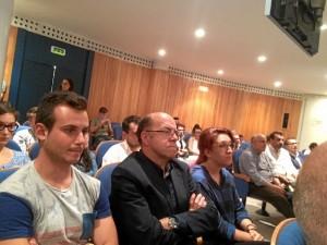 Iniciativa Huelva ha organizado la mesa redonda sobre 'Incertidumbre política y perspectivas económicas para 2016'.