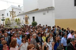 Los bartolos acompañan al Santo Madero.