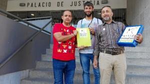 Miembros de la candidatura de Pacma en Huelva.