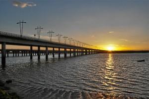 Proyecto para restablecer la iluminación sobre el Puente Odiel.  /Foto: Estanislao García Rey.