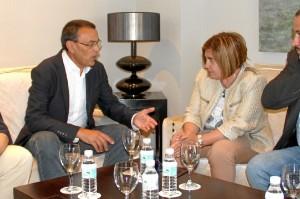En la reunión entre los representantes de ambas entidades se han perfilado las primeras acciones de una colaboración estable.