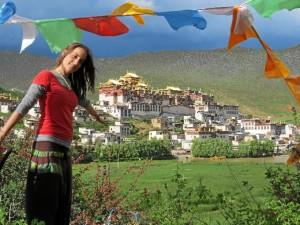 Carmen, en el Templo tibetano de Shangri La, en China.