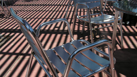 Los hosteleros onubenses piden ayudas a la Diputación y ayuntamientos ante el cierre de sus establecimientos