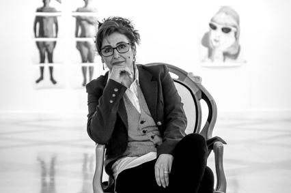 Bella Segovia de la Concepción. Ayamonte. 1963. Artista multidisciplinar. Presidenta de la Asociación de Artistas Plásticos Onubenses 'Enrique Montenegro' (Aapoem)