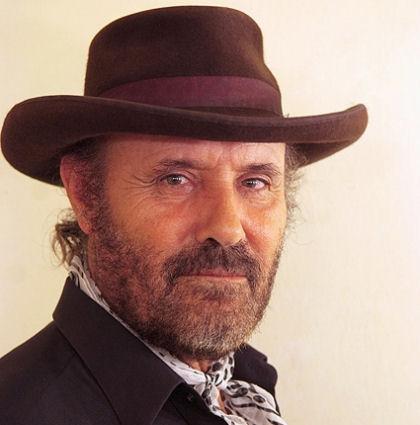 'El Cabrero' actúa este sábado 21 de mayo en el Gran Teatro de Huelva