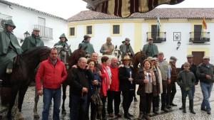 Un grupo de rocieros de Encinasola realiza por su cuenta el camino a El Rocío.