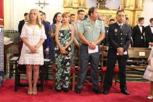 La Corporación Municipal presidida por la alcaldesa Rocío Cárdenas ayer en la solemne función de iglesia.