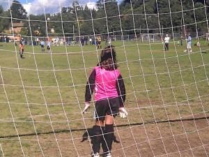 El fútbol infantil es muy popular, también para las niñas. Alba, su hija, en sus tiempos de portera.