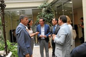 Los populares han mantenido un encuentro con representantes del Colegio de Farmacéuticos de Huelva.