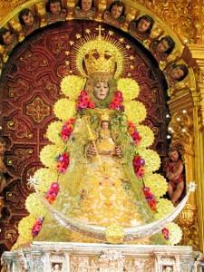 La Virgen del Rocío, en el camarín.