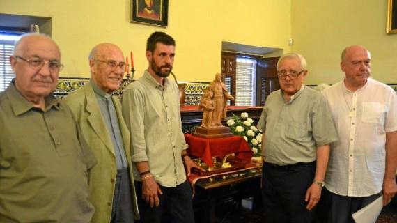 Presentado en la Parroquia de San Pedro el boceto de la escultura del beato Manuel González