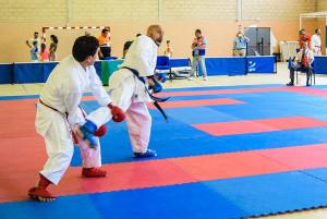 El karate comenzó a disputarse en la sede de Hinojos.