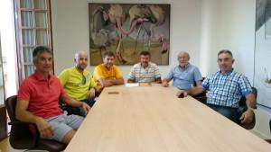 Antonio López, tercero por la derecha, junto a otros miembros de la Asociación.