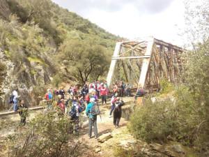 La vía verde tendrá que contar con una adecuada señalización. / Foto: Facebook Asoc. Pro Vía Verde del Río Tinto.