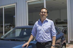 Ignacio Montes encabeza el concesonario, con una amplia experiencia en ventas y mantenimiento de vehículos Land Rover en Huelva