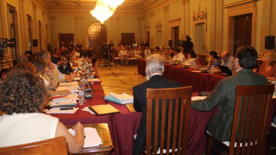 El pleno de Huelva aprueba por unanimidad conectar La Navidad con el Paseo Marítimo y mejorar la accesibilidad al Paseo de la Ría