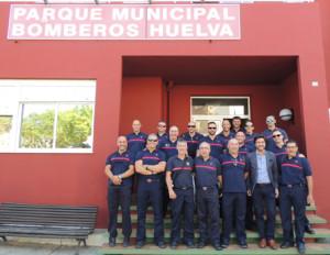 Imagen de los bomberos participantes.