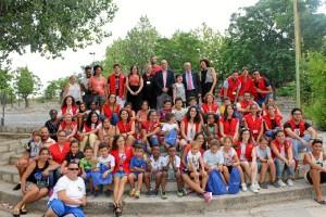 Los beneficiados son 30 menores seleccionados en coordinación con los Servicios Sociales del Ayuntamiento de Huelva.