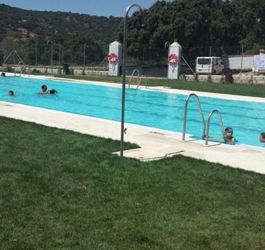 La Granada de Riotinto estrena piscina