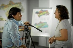 El documental ofrece la información a los ciudadanos, porque lo único que se puede hacer es educar y concienciar sobre el riesgo y sobre cómo actuar.