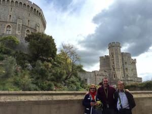 Junto a sus padres en el castillo de Windsor.