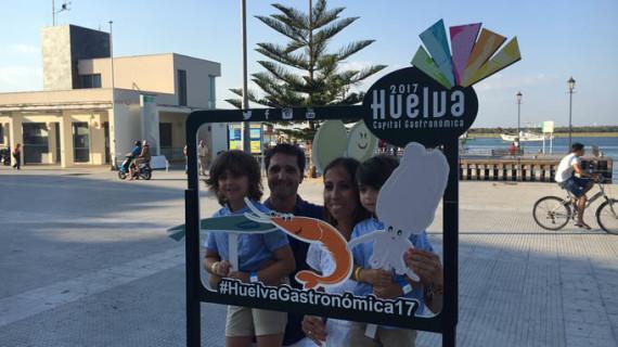 Selfies para apoyar la candidatura de Huelva a Capital Española de la Gastronomía 2017