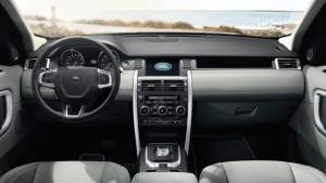 El interior del Land Rover Discovery nos muestra acabados de calidad