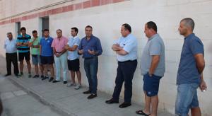 El alcalde entregó personalmente las llaves de las sedes a cada uno de los clubes.