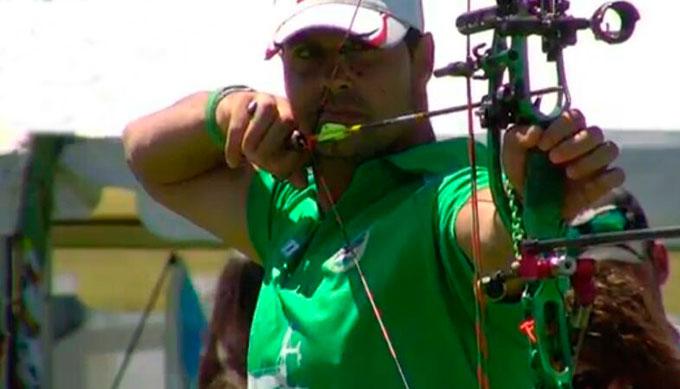 Miguel Ángel Medina, en plena actuación.