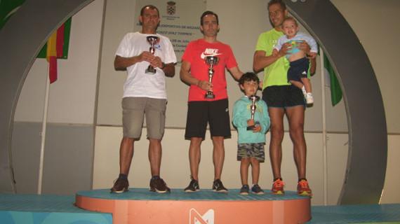 Eimear Fitzpatrick y José Luis Ferrer conquistan la XXII Carrera de Mazagón