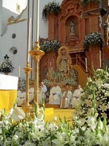 La patrona fue coronada por el Obispo de Huelva, José Vilaplana Blasco en 2011.