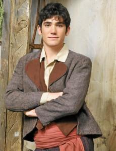 El actor interpretó el papel de Juanito en la serie de Antena3 'Bandolera'.