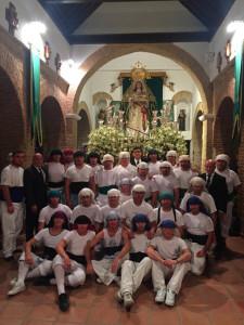Los costaleros de la Virgen de la Esperanza.