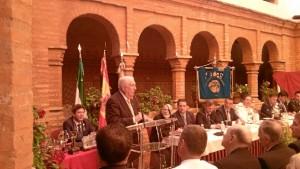 El presidente de la Real Sociedad Colombina Onubense, José María Segovia Azcárate, durante su intervención en el acto.