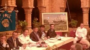 Alfonso Aramburu ha donado un óleo a la Sociedad Colombina Onubense para su sede el monasterio.