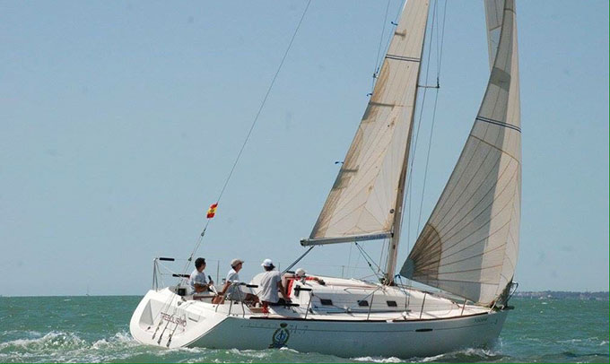 La embarcación onubense conquistó el Trofeo BAU.