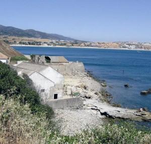 Imagen de los restos de la ballenera que existió en Getares (Algeciras). / Foto: http://www.turismocampodegibraltar.com/