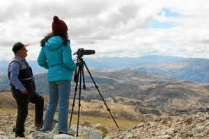 Un momento en el grababan paisajes en la zona de Huancavelica.