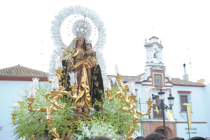Los iliplenses viven sus tradicionales festejos en honor de la Virgen del Pino