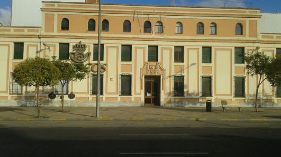 Los onubenses piden que el antiguo edificio de Correos se convierta en un Museo Etnográfico