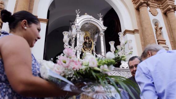 Flores a la Virgen de la Cinta