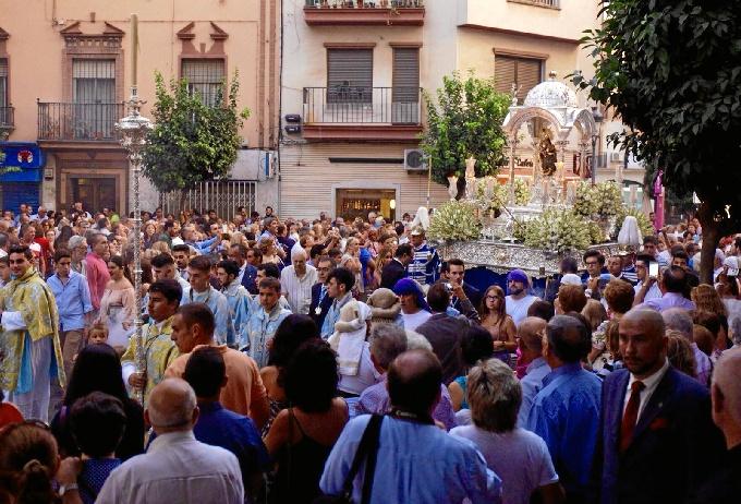 Emotivo acto que ha contado con la presencia de centenares de onubenses.