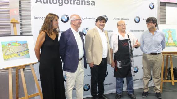 Andrés Espuelas inunda el Mercado del Carmen de color con su visión de Huelva