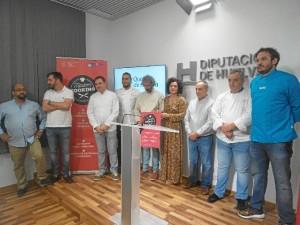 Un momento de la presentación de 'Tandem Cooking. Huelva que Alimenta' una novedosa actividad gastronómica.