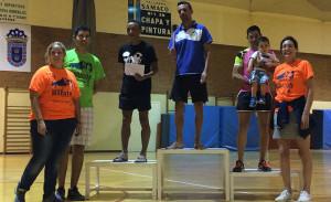 Podio de vencedores en la prueba atlética disputada en Valverde del Camino.