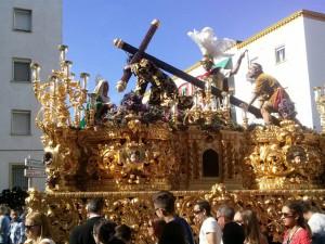 Imagen del paso de Tres Caídas a su salida desde El Polvorín.