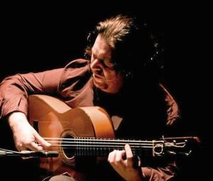 José Luis de la Paz, guitarrista y compositor onubense.